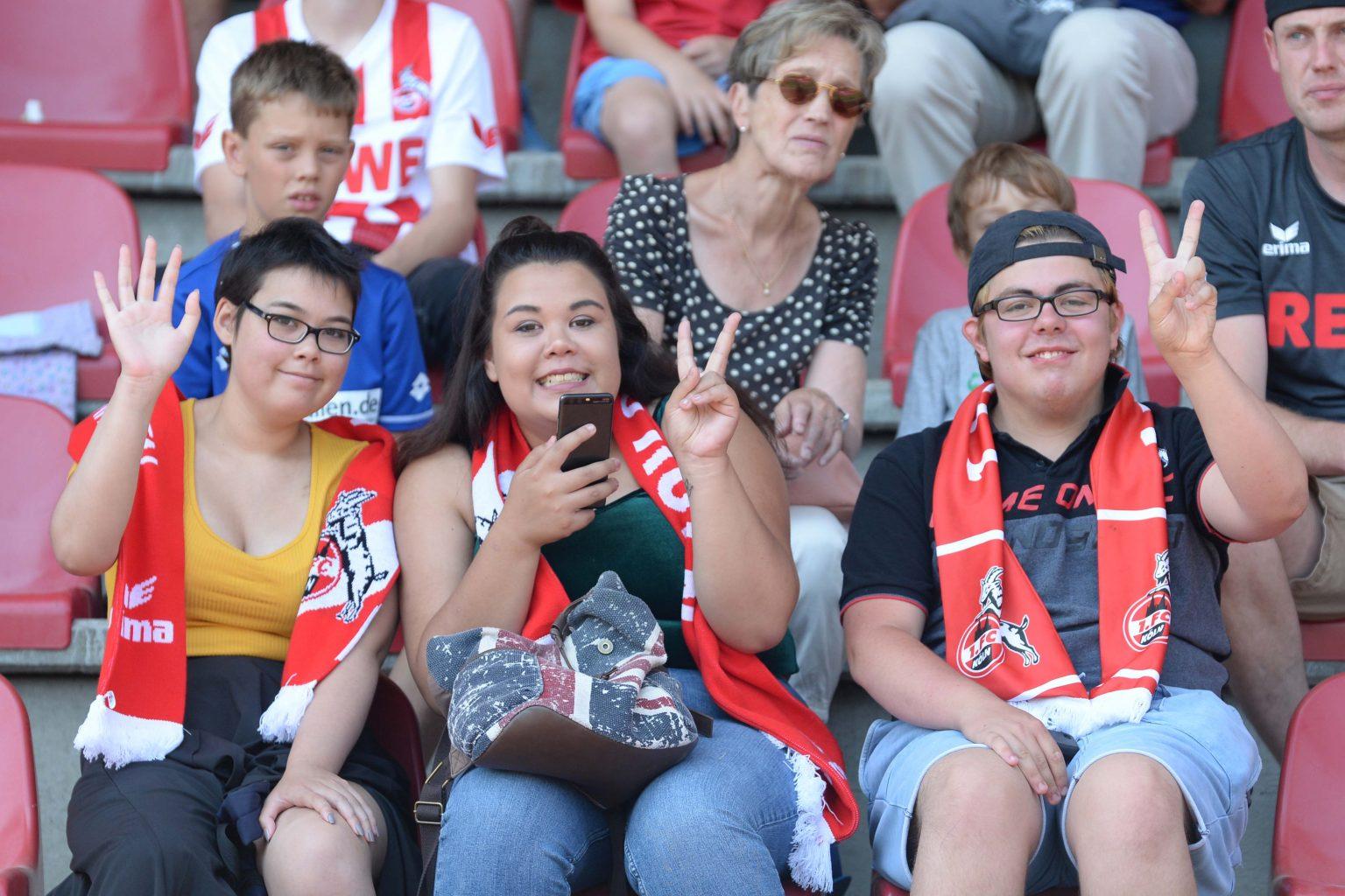DSC_2205 FC Fans